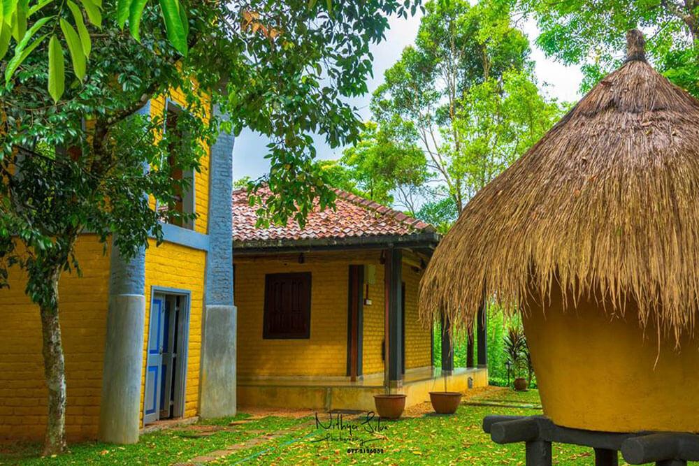Ratnapura Lake Serenity boutique Hotel Garden Area